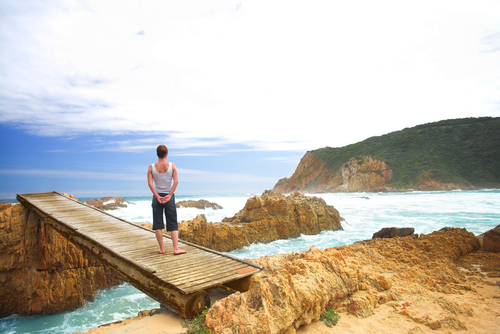 Person standing at the Knysna Heads